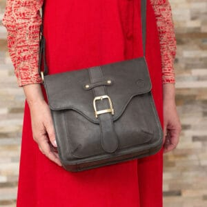 square leather satchel with buckle